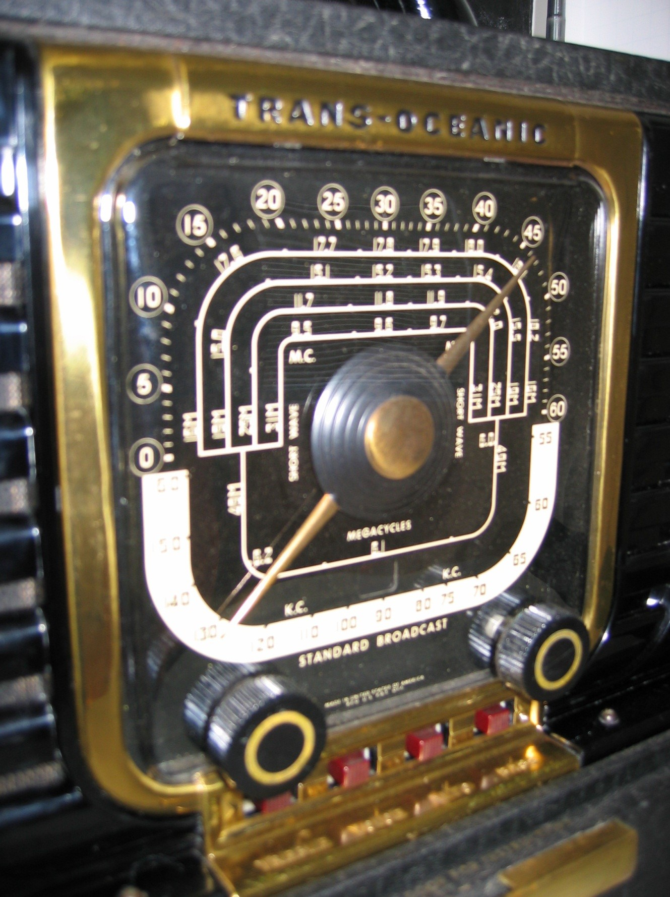 ZENITH Transoceanic 8G005 or maybe it's an 8G005Z1 (1946)